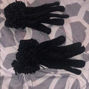 Accessories - Black knit gloves